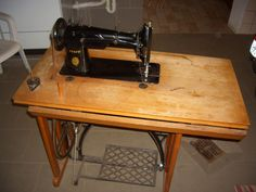 Alte Pfaff Nähmaschine KL 38-6   (Pfaff KL 38-6 industrial treadle sewing machine)