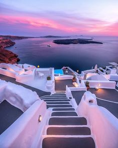 Have you ever been to Santorini? It's one of The 20 Best Greek islands, this is why we listed it in this article. Have you ever been to Santorini? It's one of The 20 Best Greek islands, this is why we listed it in this article. Beautiful Places To Travel, Best Places To Travel, Vacation Places, Dream Vacations, Romantic Travel, Beautiful Beaches, Best Greek Islands, Greece Islands, Destination Voyage