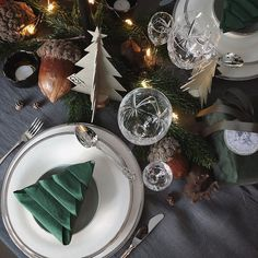 Likes, 27 Comments - Annette Christmas Table Settings, Christmas Decorations, Table Decorations, Holiday Decor, Xmas, Christmas Tree, Tree Skirts, Instagram, Green