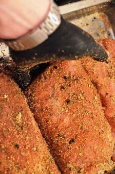Geräucherter Lachsschinken – Eine Komplettanleitung – Famous Last Words Smoked Beef Brisket, Smoked Pork, Smoked Salmon, Pot Roast Beef, Beef Ribs, Rib Recipes, Sausage Recipes, Smoked Mac And Cheese, Meat Love