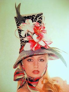 I would absolutely love this hat as well! It's tall and bold, yet suttle and cute.