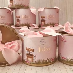Wedding Favors And Gifts, Eid Crafts, Diy And Crafts, Typographic Logo, Chocolate Packaging, Baby Party, Brand Packaging, Baby Shower Gifts, Gift Wrapping