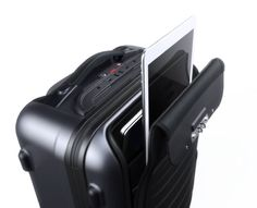 Bluesmart Smart Luggage Charges Your Gadgets And Has GPS Tracking Built-in -  #gps #luggage #smart #travel