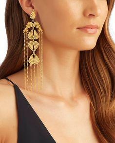 Tassel Jewelry, Handmade Beaded Jewelry, Cute Jewelry, Gold Jewelry, Indian Jewellery Design, Jewelry Design, Fashion Earrings, Fashion Jewelry, Tanishq Jewellery