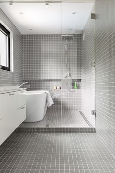 41 Attractive Bathroom Interior Remodel Ideas For Comfort Bathing - The bathrooms popularity has risen to such an extent that it is now regarded as one, if not the most important room in the home. Wet Room Bathroom, Bathroom Renos, Bathroom Layout, Bathroom Interior Design, Bathroom Renovations, Small Bathroom, Master Bathrooms, Remodel Bathroom, Bathroom Ideas