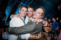 #hugs #partytime #barn #weddingreception #aziccardi @peronafarms