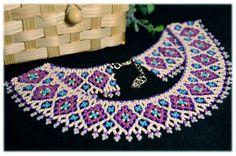 Collar de Ucrania hecha a mano Collar étnico por NadiyaKharchenko