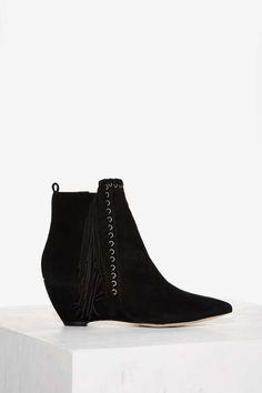 Matisse Sissy Suede Boot in Black