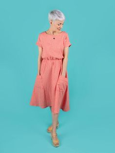 Easy Sewing Patterns, Dress Patterns, Clothing Patterns, Maternity Patterns, Tilly And The Buttons, Midi Length Skirts, Flared Skirt, Make Your Own Clothes, Coral Dress