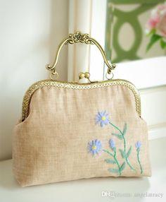 2017 Vintage Handmade Wool Felt Embroidery Handbag Daisy Fl Flower Kiss Lock Clasp Crossbody Handbags Gift Whole Purses For From
