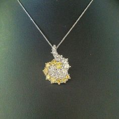 Reversible white and yellow diamond necklace