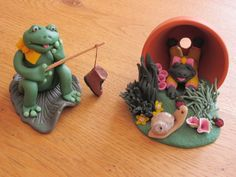 Polymer Frogs during Leisure Time