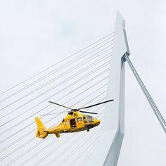 """@mvz80's photo: """"#wereldhavendagen #nlrtm #nikond600 #rotterdam #helicopter #erasmusbrug#haven #port"""""""