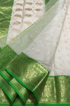 Off White Handloom Chanderi Pure Katan Silk Saree Chanderi Silk Saree, Kanchipuram Saree, Pure Silk Sarees, Saree Jacket Designs, Saree Tassels Designs, Kurta Designs, Saree Quotes, White Saree Wedding, Off White Saree