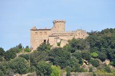 El Clascar, també conegut com el castell de Bertí, és una edificació en estat ruïnós del terme municipal de Sant Quirze Safaja, a la comarca del Moianès, administrativament adscrit a la del Vallès Oriental. Pertany a l'antic poble rural de Bertí.  Hi ha existència documental de l'any 987. Esdevé masia al segle XIV quan ja s'esmenta un tal Guillem de Clascar sota el domini de la família Centelles. Al segle XVI fou propietat dels senyors de Bell-lloc.  A començaments del segle XX va tenir una…