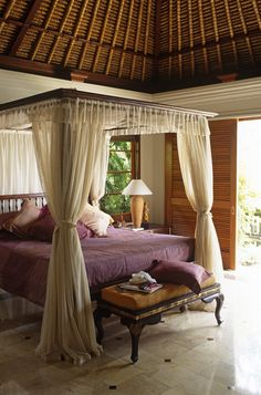 four poster bed photos design ideas remodel and decor lonny