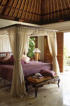 Tropical Bedroom Bungalow