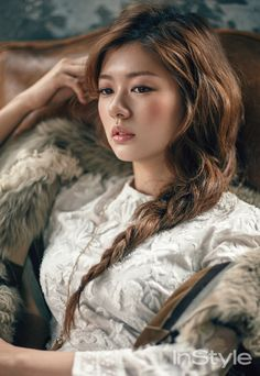 Jung So Min is a Modern Victorian Lady for InStyle Korea Korean Actresses, Asian Actors, Korean Actors, Actors & Actresses, Korean Dramas, Jung So Min, Playful Kiss, Instyle Magazine, Bold Fashion
