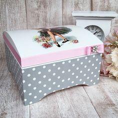 Krabičky - Šperkovnica baletka - 9114836_ Decoupage Furniture, Decoupage Box, Furniture Projects, Deck Box, Baby Box, Toy Boxes, Craft Items, Wooden Boxes, Shabby Chic