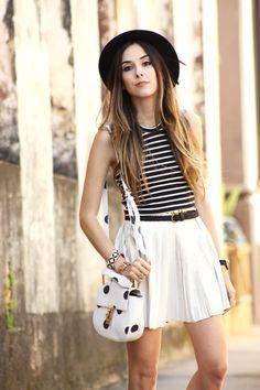 FashionCoolture - 24.11.2015 look du jour Displicent white pleated skirt Keds (2)