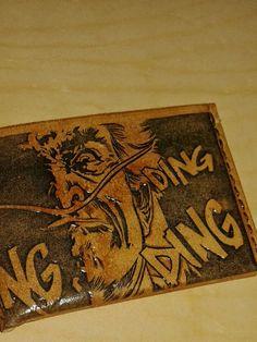 https://flic.kr/p/Kw2nau | 20150406_170852 | #breakingbad #dingding #series #movie #tv #geek #frikis #objetosdecuero OBJETOS DE CUERO billeteras personalizadas