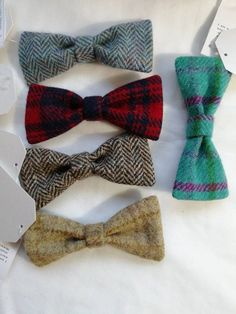 Harris Tweed pet Bow Tie (medium/large) variety of colours available How To Start Knitting, Pet Safe, Yarn Shop, Harris Tweed, Handmade Items, Handmade Gifts, Hand Spinning, My Etsy Shop, Bows