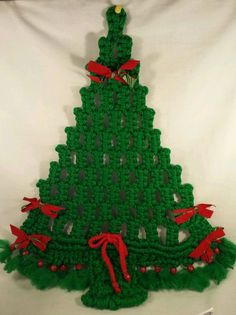 VTG Macrame Christmas Tree Wall Hanging Mid Century Modern Handmade Green Red