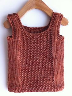 Knit from the bottom up, this is a simple vest for the little guys in your life. A seed stitch panel and borders add interest while extra care is taken in the pattern to create clean edges. einfach Weste baby professor vest pattern by sam lamb Knit Vest Pattern, Sweater Knitting Patterns, Knit Patterns, Crochet Shawl, Knit Crochet, Knitted Baby, Seed Stitch, How To Purl Knit, Knitting For Kids
