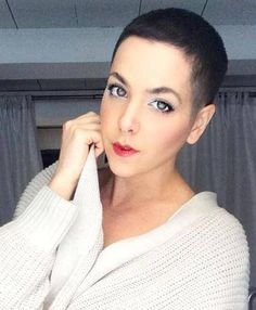 Short Hair Beauty — Rate her look from 1-10 http://ift.tt/1pQL9sy
