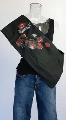 Cool baby sling for rock mamas