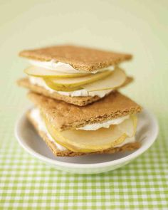 Graham-Cracker Sandwiches. Such a fun, easy idea for an after-school treat.