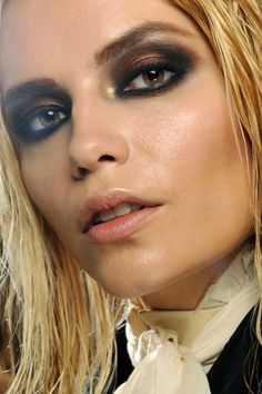 Roberto Cavalli AW 2011- A strong copper-black smoky eye very sexy