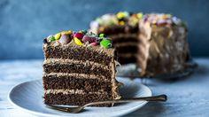 Bursdagskake: Sjokoladekake med non stop