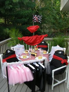 Pirate & Pixie Party To Go Box. Shop www.myprincesspartytogo.com #princesspartyideas #princesspirate