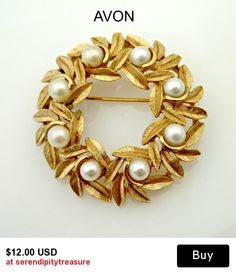 Avon Wreath Brooch gold leaves and pearls