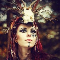result for viking shaman costume Voodoo Makeup, Witch Makeup, Halloween Makeup, Witch Doctor Costume, Voodoo Costume, Voodoo Priestess Costume, Maquillage Voodoo, Female Viking Costume, Female Viking Warrior