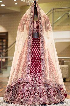 Bridal Lehenga Online, Designer Bridal Lehenga, Bridal Lehenga Choli, Indian Bride Dresses, Dress Indian Style, Bridal Dresses, Wedding Dress, Mens Wedding Wear Indian, Indian Bridal