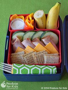 Easy Lunch Stackers Bento Box - Kids will love to assemble their own stackers at lunch! Add even more veggies by using sliced carrots and tomatoes or customize using their favorite veggies. #nutfree #eggfree #soyfree