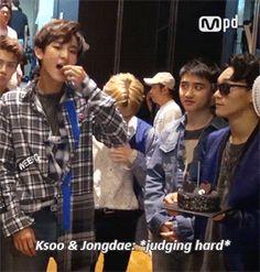 Kyungsoo & Jongdae's judging looks towards Chanyeol remind me of that mocking clap gif of them^.^ (2/2)