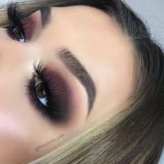 "Braune Augen Make-up. Lange Wimpern Braune Augen Make-up. Lange Wimpern"", ""pinner"": {""username"": ""first_name"": ""Fabric Crafts"", ""domain_url"": ""is_default_image"": false, ""image_medium_url"":. Black Eye Makeup, Eye Makeup Tips, Skin Makeup, Makeup Inspo, Black Makeup Looks, Eyemakeup For Brown Eyes, Makeup Ideas, Makeup Looks For Brown Eyes, Makeup Guide"