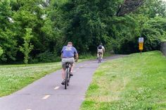 10 Best Things to Do in Arlington, Virginia: Walk or Bike Along the Mount Vernon Trail