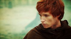 Not to be cliche with the Eddie Redmayne fangirling, but the hair color is fantastic.