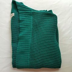 """Avenue    Sweater Green. Color was difficult to capture. 50% cotton. 50% acrylic. 31.5"""" length. 24-25"""" bust. SIZE 18/20. Price is firm.  Color closest to 3rd pic. Avenue Sweaters"""