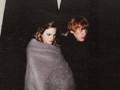 Rupert Grint and Emma Watson on We Heart It Harry James Potter, Magia Harry Potter, Mundo Harry Potter, Harry Potter Tumblr, Harry Potter Pictures, Harry Potter Universal, Harry Potter World, Harry Potter Characters, Dramione