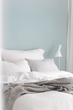 Since I loved the color ( Prekestolen ) so much in the living room, I thought it might be a perfect color for the bedroom as well. Dream Bedroom, Girls Bedroom, Master Bedroom, Bedroom Decor, Bedroom Ideas, Linen Bedding, Bed Linen, Teal Walls, Make Your Bed