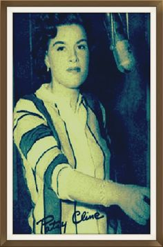 """Patsy Cline in the famous """"Quonset Hut"""" Studiounder the care of record producer Owen Bradley. Country Western Singers, Country Artists, Country Music, Quonset Hut, Patsy Cline, Hillbilly, Record Producer, Musicians, Virginia"""