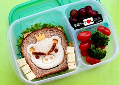 Bento School Lunch - Angry Pig Sandwich in Easylunchboxes Lunch box