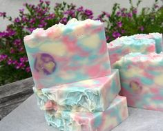 Bubblegum soap idea!!!!! wow i love buuble gum so this is like heaven,cause when you wash with it you would smell like bubblegum! yum i wish i could get it