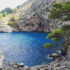 Hola Mallorca #sa calobra #torrent del pareis #holidays #beautiful land scape #break http://commeunairde.wordpress.com