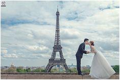 Paris Pre-wedding under the eiffel tower.